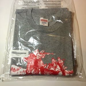 Supreme riders tee (medium)